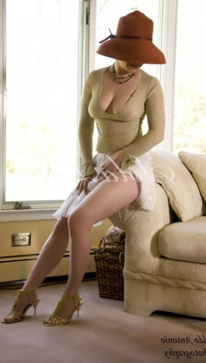 Glorianne african escorts in Norwalk