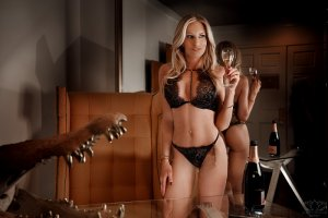 Marya incall escorts in Hopkinsville, KY